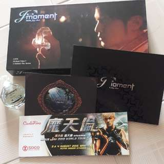 """Jay chou's """"JAY Moment album(full set with concert ticket cover)"""