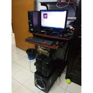 Complete set desktop + computer table