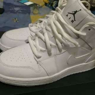 air jordan 1 mid tripple white