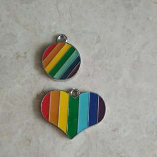 DIY accessories - pendant hook - rainbow heart circle