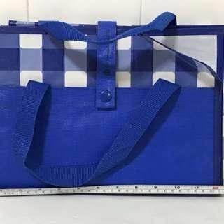 Picnic mat-sweet blue & white