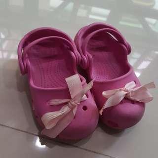 Preloved Original Crocs Baby Girl Shoes (size 7)