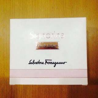Signorina Eau de Parfum 100ml Box ONLY