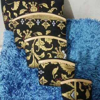 pouch batik