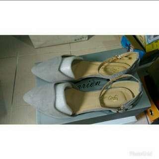 全新size 40 - 超美設計款繞踝尖頭鞋