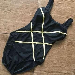 One Piece Swimsuit / Swimwear