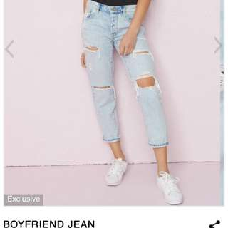 GARAGE Light Wash Cropped Boyfriend Jeans
