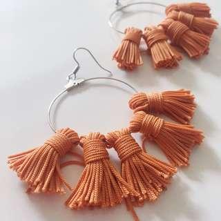 Mini Tassels Earrings in Brown