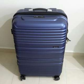 "Eminent 28"" TPO  LIGHT WEIGHT  EXPANDABLE LUGGAGE,  8 WHEELS , DOUBLE COIL ZIP ."