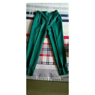 Celana Panjang pine green
