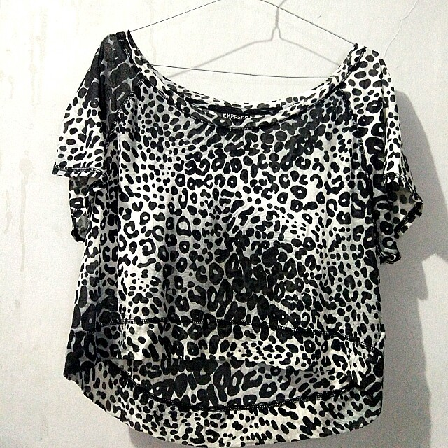 #123moveon leopard croptop by express
