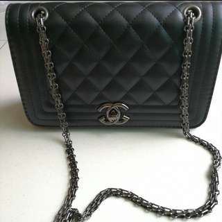 INSTOCK Quilted Chain Sling Bag