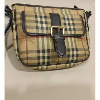Burberry Sling Bag Authentic RM1500