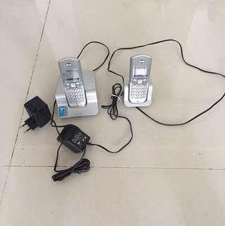 Domestic Philips Phones (LCD Screen Spoilt)