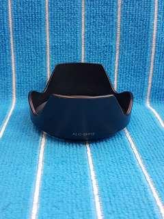 Sony 18-55 lens hood