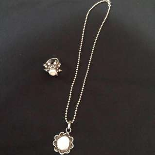 S925 silver necklace with silver natural stone pendant and S925 silver ring with natural stone