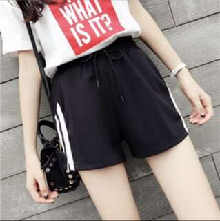 [PREORDER] item #7: black shorts with stripes // four sizes