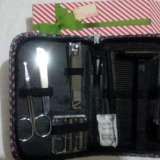 Avon nail kit