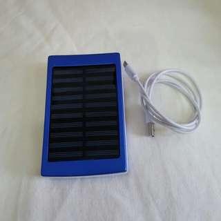 太陽能+露營燈10400mah充電器