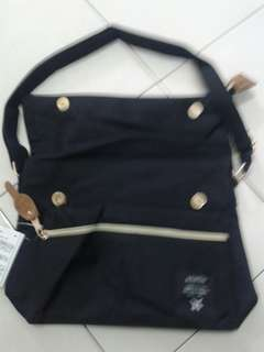 Anello sling bags