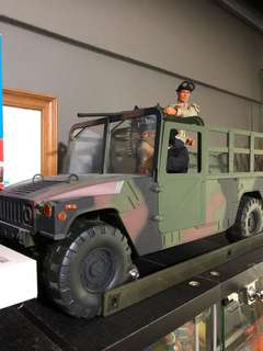 1/6 Scale Military Vehicle