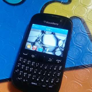 For sale.. blackberry and samsung