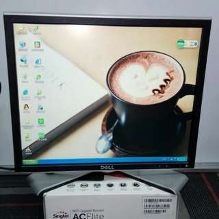 Dell PC monitor for sale(Used set) few sizes for you price start frm $90.00 onwards