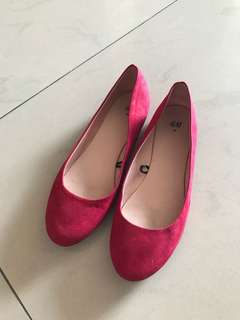 H&M red flats