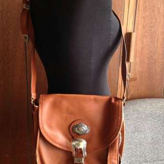 US BOUGHT & USED LEATHER FLAP SLING $175USD