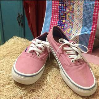 Authentic vans in lilac