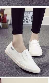 42 Uni Sex White Shoes