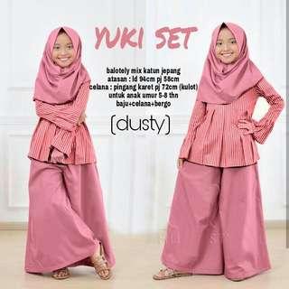 Yuki Set Kid (Dusty) (Tosca) Rp118.000 Atasan bahan katun jepang LD-94 Pjg-58 + celana balotely pinggang karet Pjg-72 (kulot) + free bergo, uk 5-8th. Redi jkt