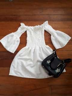 White belle sleeve off shoulders