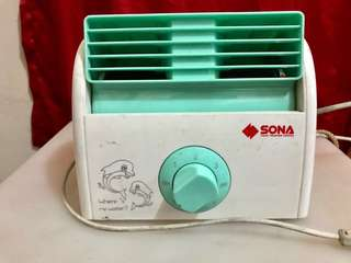 Sona 7in mini fan (singapore brand)