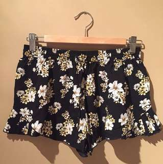 Forever 21 Pleated Floral Print Shorts