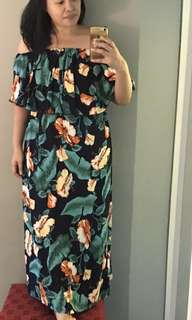 Floral Print Maxi Dress (Fits up to UK20)