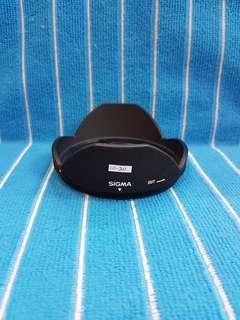 Sigma 10-20 Lens Hood