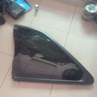 Skyline R34 Rear Glass LH