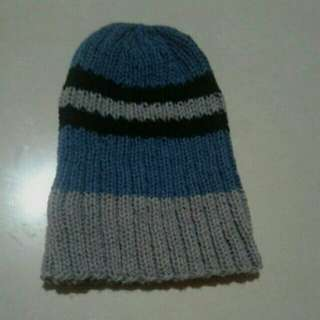 KNITTED ONHAND BEANIE / HAT FOR KIDS OR TEEN UNISEX