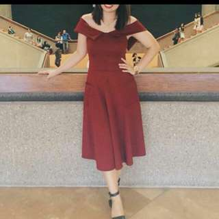 apartment 8 midi dress in maroon (LAST REPRICED @950)
