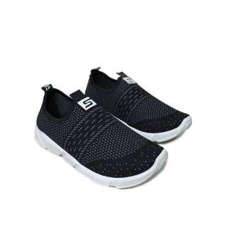 Sepatu Slip On Pria / Sneakers Pria Original Spark Gregory in Black