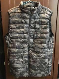 Nylon Puffer Waistcoat by Pull&Bear