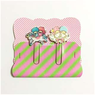 Handmade paper clips