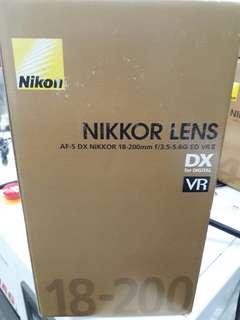 Nikon AF-S 18-200mm F/3.5-5.6G ED VRII
