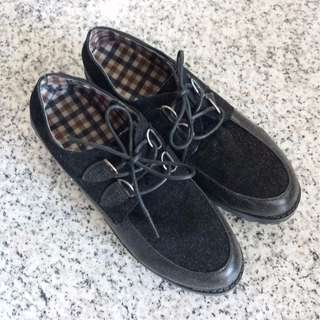 [INSTOCKS] Ladies Creepers in Size 38