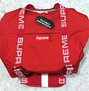 Supreme ss18 duffle bag red