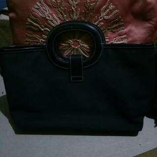Preloved Black elegant handbag