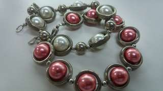 Bundle white and red beads bracelet