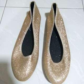 Sepatu Emas Bling size 40 taiwan