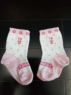Kaos kaki usia 1-2thn